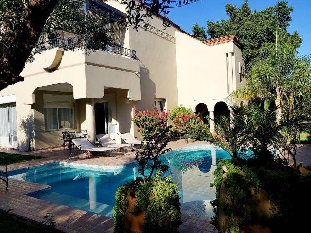 Villa proche du école americaine à louer meublé route de Ouarzazate Marrakech