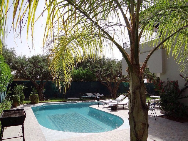location-vente-villa-moderne-piscine-route-ouarzazate-marrakech-6[1]
